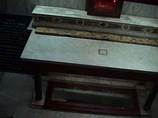 St Thmas 1.jpg (13583 bytes)
